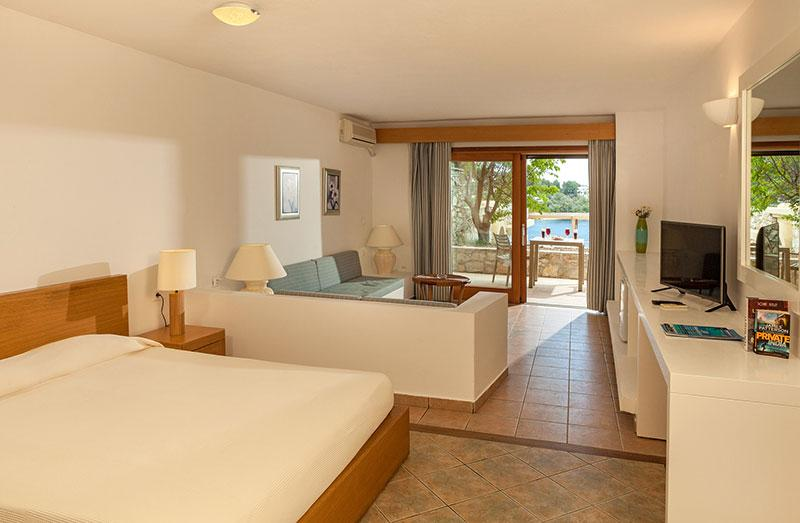 hotel,skiathos,rooms, suites, 2 room, suite